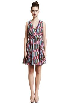 A refreshing take on a colorful #Spring dress, shop this beautiful Chevron wrap dress here: http://ss1.us/a/TGYgBKlY