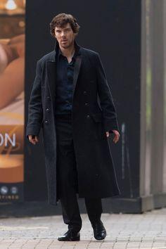 Sherlock Season 4 - oh no he looks high. hopefully he doesn't lose it after baby watson is born