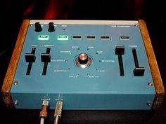 Roland VT-3 Custom | VIKINI-Packman