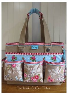 This tote is made by GoGini Totes you can find us at www.gogini12.blogspot.nl and on facebook: GoGini Totes