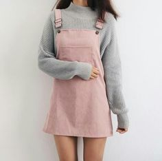 Overall Dress Outfit Gallery fall and winter outfits pale pink overall dress minimal outfit Overall Dress Outfit. Here is Overall Dress Outfit Gallery for you. Overall Dress Outfit which overall dress to wear with black over the knee boots. Teenager Outfits, Teenager Mode, Teenager Fashion, Teenager Girl, Look Fashion, Autumn Fashion, Womens Fashion, Fashion Trends, 90s Fashion