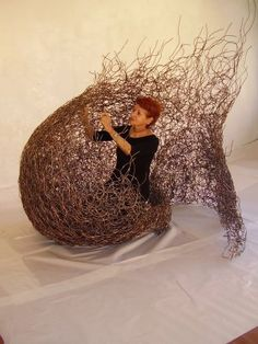 Anna Santinello - weaving with wire