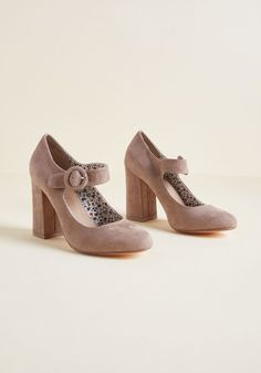 27ca930606d Fame of Reference Block Heel in Taupe in 7.5
