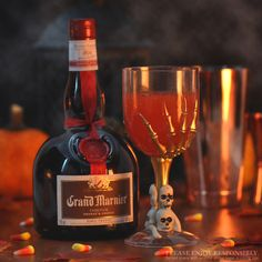 "Trick or Treat! We choose treat, like this #Halloween inspired cocktail called the ""Spooky Citrus Sour"" // 6 oz Grand Marnier 6 oz blanco tequila 6 oz lime juice 1.5 oz. simple syrup 4 oz blood orange juice 4 oz. soda 1/2 tsp. pinch chili powder // Combine Grand Marnier, tequila, lime juice, simple syrup and chili powder in a punchbowl with ice. Top with half blood orange juice and half soda. Strain into your spookiest glass filled with ice. Serves 8."