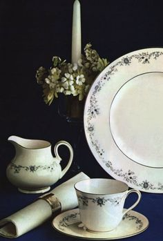 "Royal Doulton ""Angelique"" (Erdinç Bakla archive)"