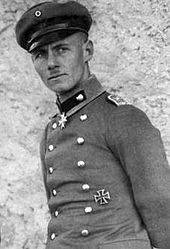 Erwin Rommel, a. Desert Fox, was Nazi Germany's most respected general. But in he joined a conspiracy to assassinate Adolf Hitler. Tank Warfare, Leading From The Front, Erwin Rommel, Military Careers, Military History, Field Marshal, French Army, German Army, Panzer