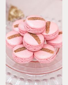 Sparkle On with Edible Glitter for your Wedding Reception ~  we ❤ this! moncheribridals.com #weddingmacarons