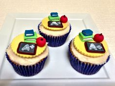 Back-to-School cupcakes for Bake a Wish.