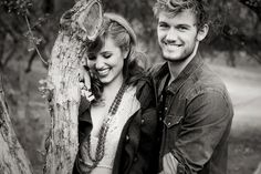 Dianna agron and Alex pettyfer. Wish they were together again