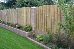 tuin afscheiding muur en schutting