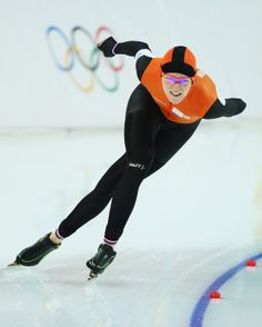 Dutch skater, Jorien ter Mors ~ Gold Medals at 2018 Pyeongchang Olympics and 2014 Sochi Winter Olympics & Team Pursuit) Speed Skates, Workout Routines For Women, Winter Olympics, Olympic Games, Workout Programs, Skating, Abs, Challenges, Dutch
