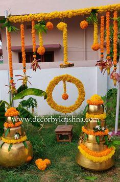 Desi Wedding Decor, Wedding Hall Decorations, Diy Diwali Decorations, Flower Decorations, Housewarming Decorations, Backyard Decorations, Flower Decoration For Ganpati, Wedding Stage Backdrop, Rangoli Designs Flower