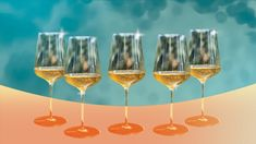 A Short, Unexpected History of the Wine Glass - Pix History Of Glass, History Of Wine, Corning Museum Of Glass, Wine Education, White Wine Glasses, Types Of Wine, Wine Making, Wine Drinks, Glass Design
