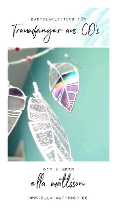 I'll show you how to make a beautiful dream catcher out of old CDs. The dream catcher sparkles beautifully in the sun and is the perfect decoration idea if you like it glittering and shining. Diy Christmas Videos, Christmas Diy, Beautiful Dream Catchers, Finding A Hobby, Diy Tumblr, Christmas Makes, Crafts To Do, Diy Crafts With Cds, Recycled Cd Crafts
