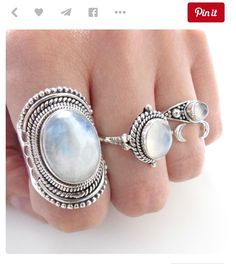 Boho Jewelry, Jewelry Box, Jewelry Rings, Jewelry Design, Fashion Jewelry, Jewelry Accessories, Moonstones, Big Moon, Silver Pendant Necklace
