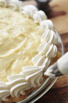 From Scratch Banana Cream Pie Recipe | The Candid Appetite