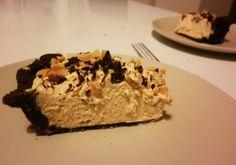 Peanut butter cream pie Peanut Butter Cream Pie, Taste Of Home, Prague, Restaurant, Dishes, Cake, Desserts, Food, Tailgate Desserts
