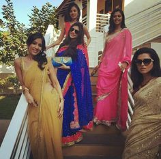 Dalljiet Kaur and other friends of Sanaya at her Wedding Sanaya Irani Wedding, Wedding Story, Dream Wedding, Mohit Sehgal, Miley Jab Hum Tum, Arnav Singh Raizada, Arnav And Khushi, Hollywood Hotel, Party Fashion
