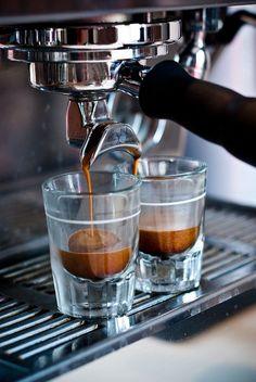 Brown | Buraun | Braun | Marrone | Brun |Marrón | Bruin | ブラウン | Colour | Texture | Pattern | Style | Coffee