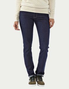 Bequeme Basic Jeans in Dark Denim von Patagonia. Bio. Vegan. Fair.