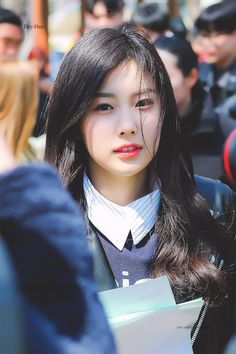 Photo album containing 7 pictures of Hyewon Yein Lovelyz, Japanese Names, Japanese Girl Group, The Wiz, Female Characters, Yuri, Rapper, Thats Not My, Idol