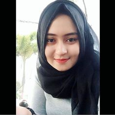Soree Igerss ----- . #gadiscantik #selfie #anakgaul #bidadariselfie #selebgram #hijabers #awesome #follow4follow #kekinian #lfl #like #like4like #anakremaja #hijabers #barbiemuslimah #doubletap #taptap #tap2x #followme #fff . #terfujilah # #exploreindonesia #remajaaceh #komunitas_hijab_indonesia #cantikberhijab #cantik #beautifullday