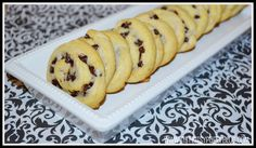 Choc Chip Cresent Roll Cookies. Yummmm. Perfect breaky idea.