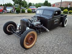 Rat Rod, I gotta build one of these before I die.