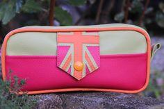 """Trousse scolaire """"Frankee"""" drapeau vert, rose et orange en simili-cuir avec une fermeture à glissière"""