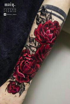 109 Flower Tattoos Designs, Ideas, and Meanings - Piercings Models tattoo designs ideas männer männer ideen old school quotes sketches Piercing Tattoo, Piercings, Neue Tattoos, Body Art Tattoos, Tatoos, Tattoos Cover Up, Trendy Tattoos, Tattoos For Women, Feminine Tattoos