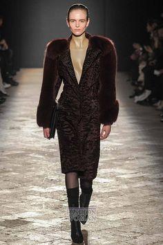 Fashionable fur coats Winter 2015 // Модные шубы зима 2015