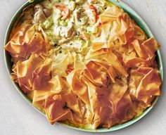 Gino's healthy Italian: Chicken and leek pie with filo pastry Filo pastry is much lower in saturated fat than a traditional pie crust, making this a healthy version as well as adding a wonderful crunch Healthy Recipes On A Budget, Cooking On A Budget, Healthy Dinner Recipes, Cheap Recipes, Budget Meals, Easy Cooking, Cooking Tips, Filo Pastry Pie, Savory Pastry