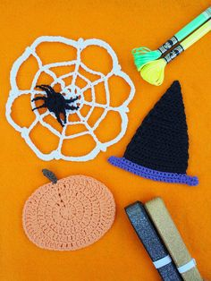 Boo! More halloween crochet projects for you all today - I absolutely love halloween and...