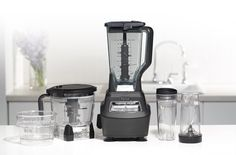 Ninja BL660  comes with plenty of cups and bowls.