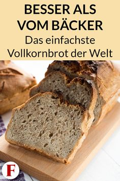 Einfaches Vollkornbrot Rezept – Gesund und ohne Weizen Baking a quick bread is easy with this wholemeal bread recipe. Perfect for losing weight or as a healthy snack on the go. Healthy Bread Recipes, Vegan Breakfast Recipes, Healthy Snacks, Vegan Recipes, Simple Snacks, Quick Recipes, Wholemeal Bread Recipe, Wheat Bread Recipe, Breakfast Desayunos