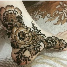 Here are the best Leg Mehndi Design Images. Arabic Bridal Mehndi Designs, Modern Henna Designs, Khafif Mehndi Design, Latest Henna Designs, Floral Henna Designs, Henna Designs Feet, Finger Henna Designs, Mehndi Designs For Girls, Mehndi Design Pictures