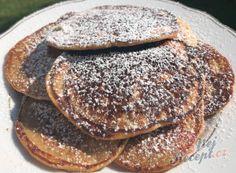Jemné lívance bez droždí | NejRecept.cz Cookies And Cream Milkshake, Cookie And Cream Cupcakes, Cake Mix Cookies, Cake Mix Recipes, Rib Recipes, Easy Cookie Recipes, Pancakes, Kefir, Easy Meals