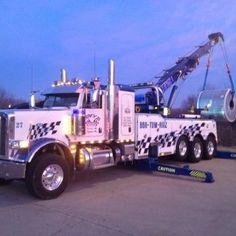Peterbilt 389 Tow Truck