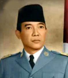 Presiden-Soekarno-berwarna.png (1075×1245)