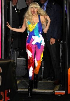3. Lady Gaga in H&M And Kerin Rose Gold