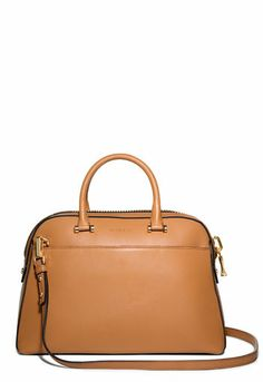 The Handbag Trend That Will Take You From Winter To Spring: The Top Handle Bag