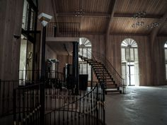 Inside Mike Tyson's Abandoned Mansion [1920x1440]Source: http://imgur.com/T85yWXw