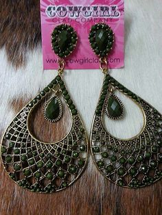 Awesome earrings! $14  Get them here ~~~~> www.cowgirlclad.com #cowgirlclad #earrings