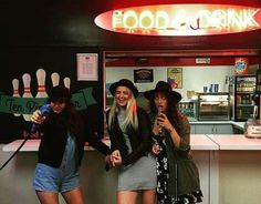 Image de friendship, rydel lynch, and courtney eaton