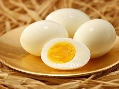 Dai jos 11 kilograme in doar 14 zile - Mobile Ele. Cooking Hard Boiled Eggs, Perfect Hard Boiled Eggs, Steak And Eggs, Just Cooking, Diabetic Friendly, Piece Of Cakes, Food Hacks, Brunch, Cooking Recipes