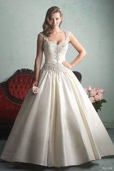 allure bridals fall 2014 ivory ball gown wedding dress cap sleeves style 9161 (very similar to pnina tornai ball gown) Wedding Dresses 2014, Wedding Dress Styles, Bridal Dresses, Wedding Gowns, Ivory Wedding, Wedding Blog, Bling Wedding, Pageant Dresses, Bridal Headpieces