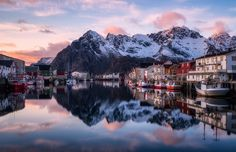 "Soft Arctic Colors - <a href=""http://www.daniel-photography.eu/Post-Processing-English-Page"" alt=""Daniel Fleischhacker""> VIDEO TUTORIALS </a><a href=""http://www.daniel-photography.eu/Bildbearbeitung-Deutsch-Videos"" alt=""Daniel Fleischhacker"">BILDBEARBEITUNG</a> <a href=""http://www.daniel-photography.eu"" alt=""Daniel Fleischhacker"">WEBSITE</a> <a href=""https://www.instagram.com/daniel_landscapes/"">INSTAGRAM</a>  Many techniques used on this image are demonstrated in my set of in depth…"