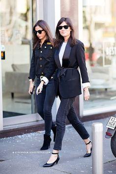 Le Fashion Blog 11 Ways To Wear Kitten Heels Emmanuelle Alt Street Style Ray Ban Wayfarer Sunglasses Belted Tux Jacket White Tee Faded Black