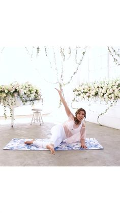 Getting married? Try out this butt workout for brides and head over to Blogilates to join Bridal Bootcamp and get into your best wedding shape in time for your big day. Fitted Wedding Gown, Wedding Gowns, Wedding Dreams, Dream Wedding, Blogilates, Outer Thighs, Butt Workouts, Glute, Getting Married