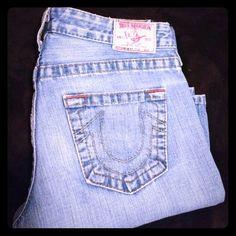 True Religion Bobby DISTRESSED flare 29×34 DISTRESSED flare. AWESOME EUC True Religion Jeans Flare & Wide Leg